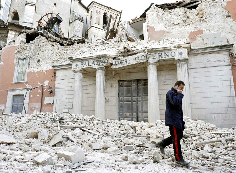 SALVARE L'ITALIA O FARLA FINITA?
