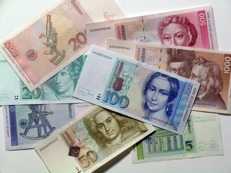 LA GERMANIA MOLLA L'EURO