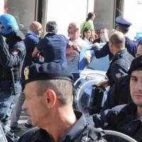 DIGOS, QUESTORI E CARABINIERI A FAVORE DELL'INDIPENDENZA